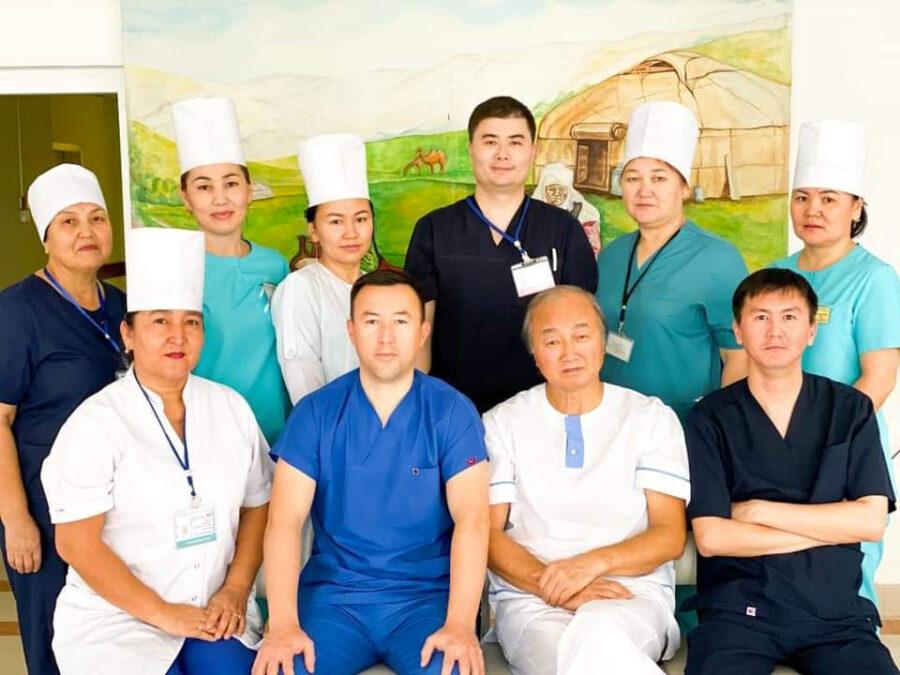 Коллектив Отделения нейрохирургии Мангистауской областной больницы города Актау